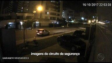Circuito de segurança flagra bandidos levando carro de vítima - Circuito de segurança flagra bandidos levando carro de vítima.