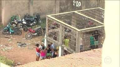Defensoria pede libertação de 16 presos em jaula no Maranhão - No começo do mês um homem morreu dentro da cela conhecida como 'gaiolão', no município de Barra do Corda.
