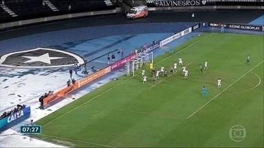 Jogo entre Botafogo e Corinthians encerra mais uma rodada do Brasileirão - Veja como foi a partida.
