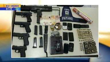 Seis homens são presos com armas de fogo em Porto Alegre - Eles eram moradores de cidades da Região Metropolitana.