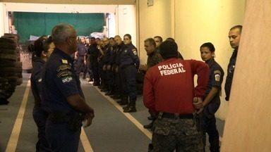 Guardas Municipais de Maceió recebem treinamento para uso de arma de fogo - Objetivo é preparar todos eles para portar arma até o meio do ano que vem.