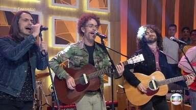Nando Reis e Dois Reis cantam 'O Mundo é Bão, Sebastião' - Música foi composta pelo cantor em homenagem ao filho Sebastião