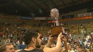 Franca Basquete perde 5º jogo da final e fica sem o título do Campeonato Paulista - Paulistano venceu o time do técnico Helinho por 91 a 76.