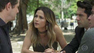 Sandra Helena, Agnaldo e Júlio pressionam Malagueta - Os três exigem saber por que o comparsa armou para incriminar Eric