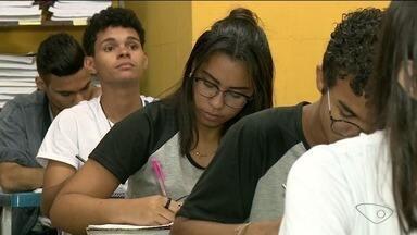 Professor aconselha que alunos relaxem antes do Enem - Provas serão nos dias 5 e 12 de novembro.