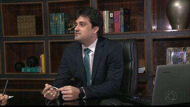 Reforma Trabalhista : novas regras entram em vigor a partir de sábado, dia 11 - O advogado Hugo Vilar fala sobre as mudanças.