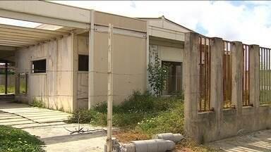 Prédios abandonados em Socorro preocupam moradores - Prédios abandonados em Socorro preocupam moradores.