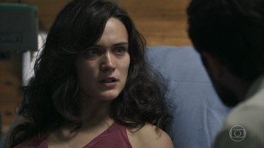 Clara explica seu plano para Renato - Ela deixa o hospital com Gael
