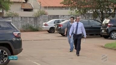 Estudante admite que dirigia acima da velocidade quando bateu no carro de advogada em MS - João Pedro Miranda Jorge foi interrogado novamente pela Polícia Civil sobre o acidente que matou a advogada Carolina Albuquerque, de 24 anos, e feriu o filho dela, de 3 anos, em Campo Grande.