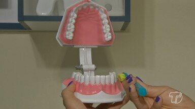 Escovação mal feita pode causar problemas para a saúde da boca - Mau hálito, cáries, gengivite e outras doenças podem ser decorrentes da limpeza inadequada dos dentes.