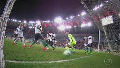 Confira os gols desta quinta do Campeonato Brasileiro - Atlético-MG vence o Atlético-GO por 3 a 2. São Paulo e Chapecoense ficam empatados em 2 a 2 e Fluminense e Coritiba também empatados em 2 a 2.