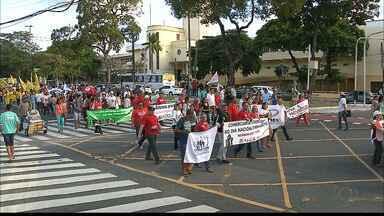 JPB2JP: Protesto contra as Reformas Trabalhista e Previdenciária no Centro de João Pessoa - Caminhada pelo Centro da cidade.