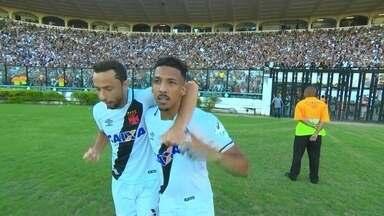 Os gols de Vasco 1 x 1 São Paulo pela 34ª rodada do Brasileiro 2017 - Os gols de Vasco 1 x 1 São Paulo pela 34ª rodada do Brasileiro 2017.