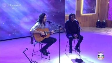 Milton Nascimento e Tiago Iorc cantam 'Um Dia Após o Outro' - Confira a apresentação!