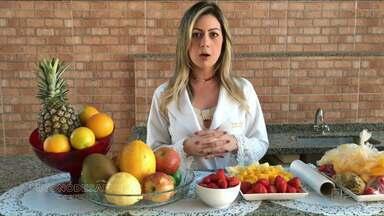Desafio + Saúde: nutricionista dá dicas para sucos naturais - Congelar frutas é uma das orientações da nutricionista do projeto Desafio + Saúde para facilitar o consumo de sucos naturais.