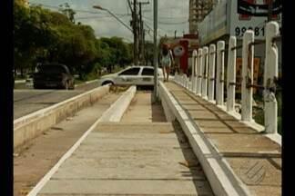 Calçadas precárias causam transtornos para pedestres em Belém - Segundo uma lei municipal, os proprietários de imóveis ficam obrigados a realizar a construção e conservação das calçadas correspondentes aos limites de seu patrimônio.