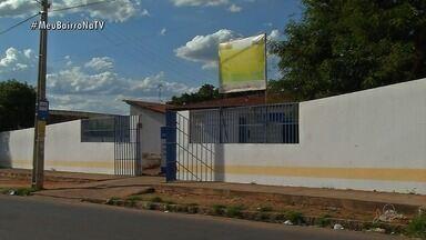 Moradores Juazeiro do Norte, reclamam de um terreno abandonado no Bairro São José - Moradores reclamam que o lixo tomou conta do terreno abandonado na rua.