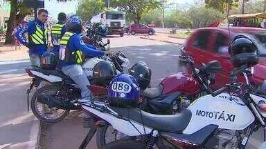 Prefeitura de Santana lança novo edital para consceder licenças de moto táxi - As inscrições estão sendo feitas na sede do STTRANS. Mais de 400 pessoas já se inscreveram para o edital.
