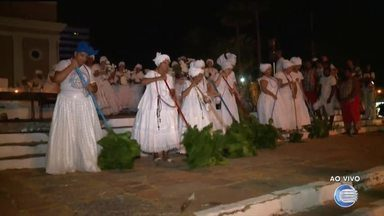 Dia nacional da umbanda é celebrado com lavagem das escadarias de São Benedito - Dia nacional da umbanda é celebrado com lavagem das escadarias de São Benedito