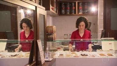 Empreendedora conta como realizou o sonho de abrir o próprio negócio - Natália Mazur pediu demissão há cinco anos para abrir uma loja de biscoitos artesanais.