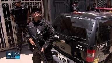 Polícia faz reconstituição do caso das meninas encontradas mortas em furgão na Zona Leste - Polícia faz reconstituição do caso das meninas encontradas mortas em furgão na Zona Leste da capital.
