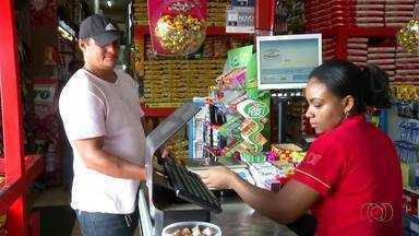 Mercados fazem promoções para incentivar o uso de moedas no comércio - Mercados fazem promoções para incentivar o uso de moedas no comércio