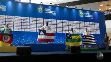 Bahia conquista primeira medalha de ouro nos Jogos Escolares da Juventude - Ronaldo Fiuza, aluno do colégio Manoel Devoto, venceu a categoria de 81 a 90 kg.