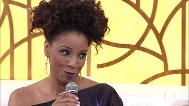 Adriana Lessa conta que realizou sonho em ser filha de Ruth de Souza - A atriz ratifica a importância de Ruth no cenário nacional. Conceição Evaristo fala sobre Ruth ser um exemplo para a comunidade negra.