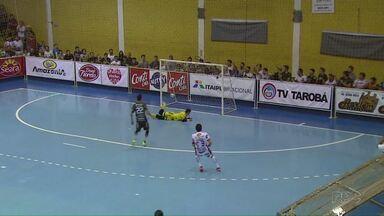 Marreco garante vaga na final da chave ouro do campeonato Paranaense de Futsal - A equipe de Francisco Beltrão venceu o Cascavel e garantiu a vaga.