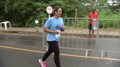 Quarta edição da Corrida das Cidades acontece em Três Rios, RJ - Evento reuniu amantes da corrida em percursos de 5 e 10 km.