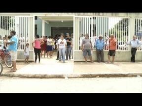 Vítimas de acidente na BR-381 são enterrados em Belo Oriente - Acidente ocorreu em Naque (MG), nesse domingo (19).