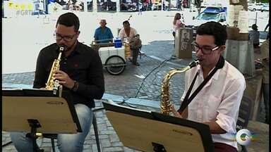 Dia do Músico é celebrado nesta quarta-feira (22) - Grupo Carcará realiza concerto no Centro de Petrolina.