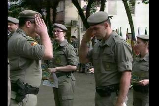 Os 180 anos da Brigada Militar são comemorados com homenagens em Santa Rosa, RS - Militares e pessoas da comunidade foram reconhecidos por serviços prestados.