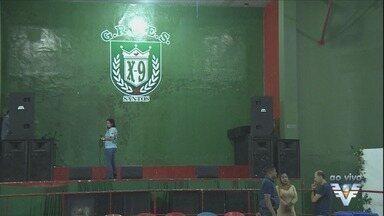 Audiência discute os desfiles das escolas de samba em Santos, SP - Reunião ocorre na quadra da X-9, no Centro da cidade.