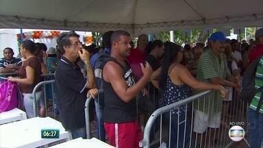 Mutirão de serviços marca Dia de Ação de Graças no Recife - Evento ocorre no Parque 13 de Maio, no centro do Recife