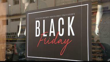 Procon aumenta fiscalização na véspera do Black Friday na Paraíba - Consumidores estão aproveitando ofertas antecipadas por muitas lojas.