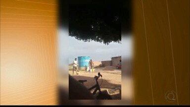 Juiz investiga vídeo de ex-vereador retirando caixa d'água doada a comunidade paraibana - Ele não foi reeleito e, em retaliação, foi ao local para retirar a caixa d'água.