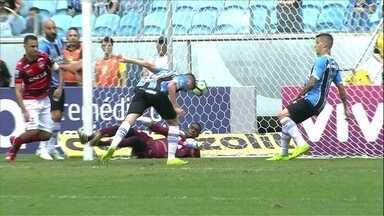 Os gols de Grêmio 1 x 1 Atlético-GO pela 37ª rodada do Campeonato Brasileiro - Dragão abre o placar fora de casa mas sofre o empate logo em seguida
