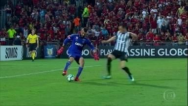 Santos aproveita falhas de Muralha e vence o Flamengo no Rio de Janeiro - Santos aproveita falhas de Muralha e vence o Flamengo no Rio de Janeiro