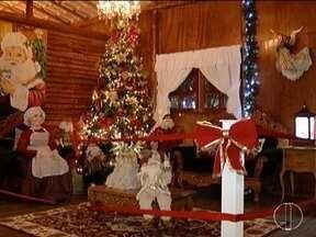 Fazenda da Solidariedade monta Casa do Noel para visitação - Renda será revertida para trabalhos desenvolvidos pelo projeto.