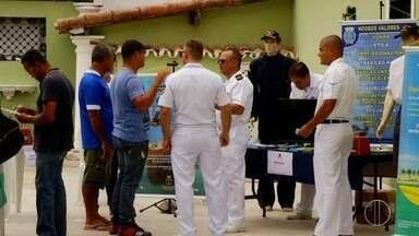Começa a exposição 'Expo Mar Atento' em Cabo Frio, no RJ - Na programação tem exposição de fotografias e vídeos mostrando equipamentos básicos de emergência no mar.