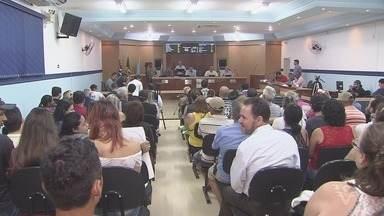 Projeto de Lei causa polêmica na Câmara de Vereadores de Mongaguá - O PL dá ao atual prefeito o título de eterno prefeito da cidade.