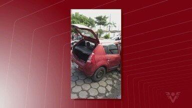 Quadrilha que assaltava casas em São Vicente é presa - Eles tentaram roubas duas casas e, depois, foram presos em flagrante.
