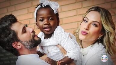 Bruno Gagliasso e Giovanna Ewbank falam sobre racismo contra filha Titi - Pesquisa revela que 71% dos negros foram vítimas ou presenciaram situação de racismo no último ano. Maioria aconteceu na internet.