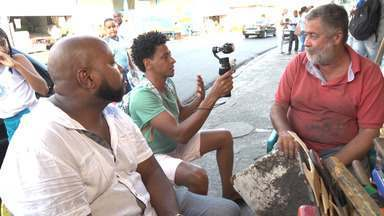 O 'Vumbora' visita o bairro da Liberdade com o guia Mário Pam - O 'Vumbora' visita o bairro da Liberdade com o guia Mário Pam