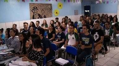 Alunos de escola pública do CE com melhores notas ganharão carteira de motorista - Confira mais notícias em G1.Globo.com/CE