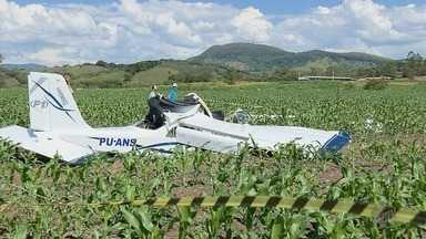 Investigadores chegam ao local onde avião caiu em Baependi (MG) - Investigadores chegam ao local onde avião caiu em Baependi (MG)