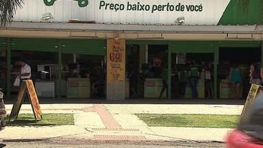 Ladrões arrombam cofre e levam dinheiro de mercado, em Ponta Grossa - Ação foi durante a madrugada desse domingo, na região do Santa Paula