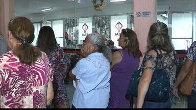 Servidores do Estado da Paraíba não conseguem marcar consulta no antigo Ipep - Tem idoso que ficou na fila desde a noite de domingo.