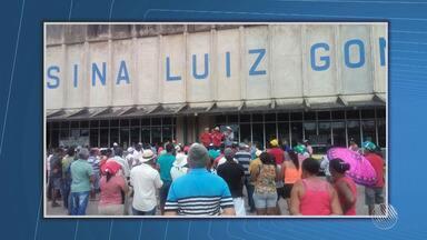 Manifestantes ocupam entrada da casa de força da Chesf, no sertão pernambucano - Protesto acontece na maior usina do complexo da Companhia, que abastece 15 cidades dos estados de Pernambuco, Sergipe, Alagoas e Bahia.